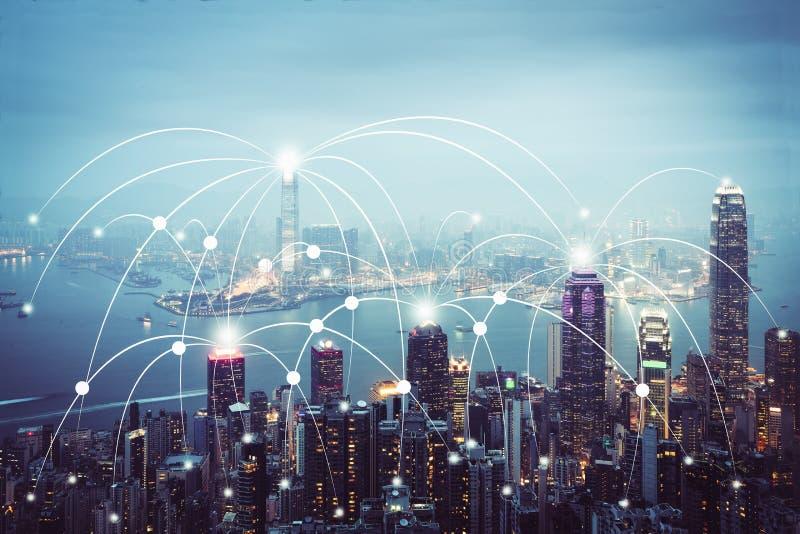 Scape da cidade e conceito da conexão de rede imagens de stock