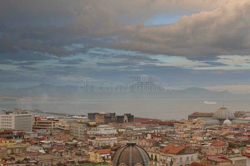 Scape della città di Napoli fotografia stock
