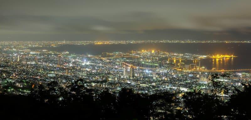Scape för Kobe nattstad från den Rokko bergsikten, Kunsai, Japan royaltyfri fotografi