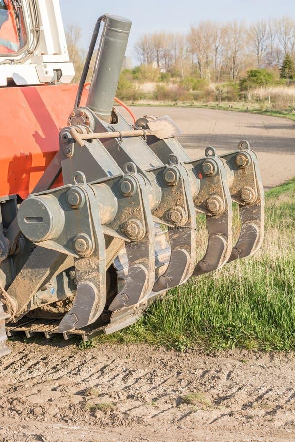 Scarificatore su un bulldozer dettagliatamente immagine stock