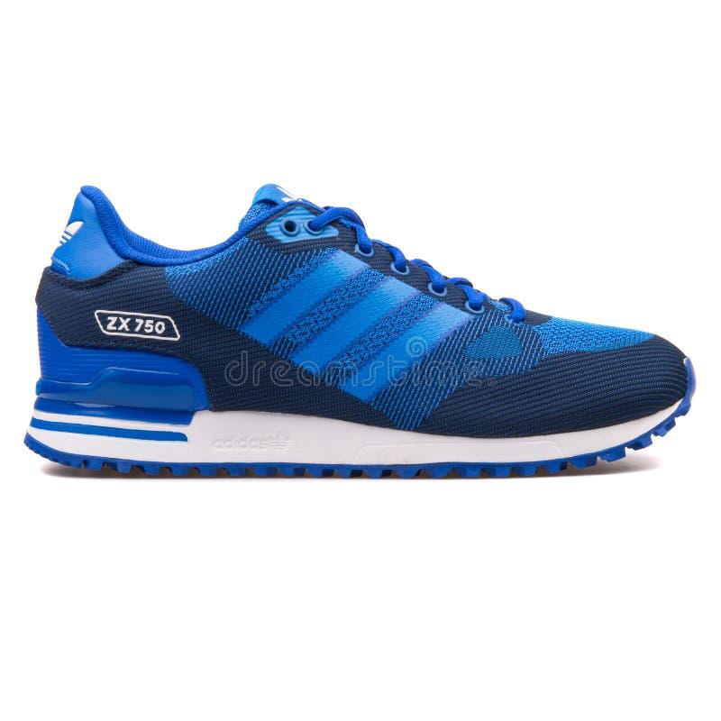 Scarpa da tennis blu di Adidas ZX 750 WV immagine stock
