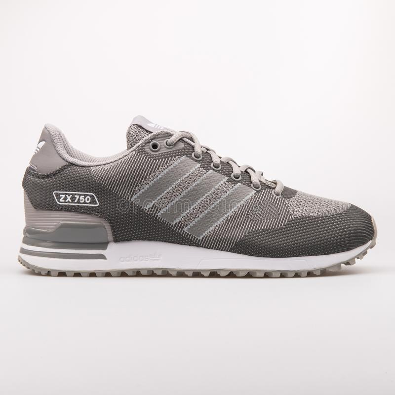 Scarpa da tennis grigia di Adidas ZX 750 WV immagine stock