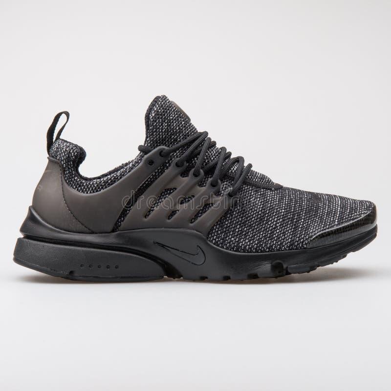 Scarpa da tennis nera del BR di Nike Air Presto Ultra fotografia stock libera da diritti