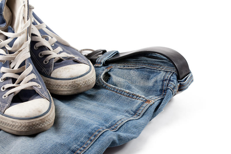 Scarpe da tennis e jeans fotografie stock libere da diritti