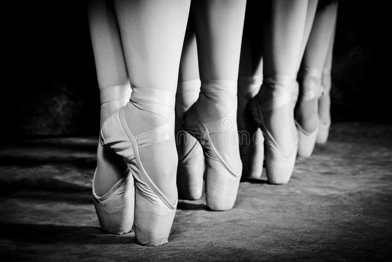 Scarpe di balletto fotografie stock libere da diritti