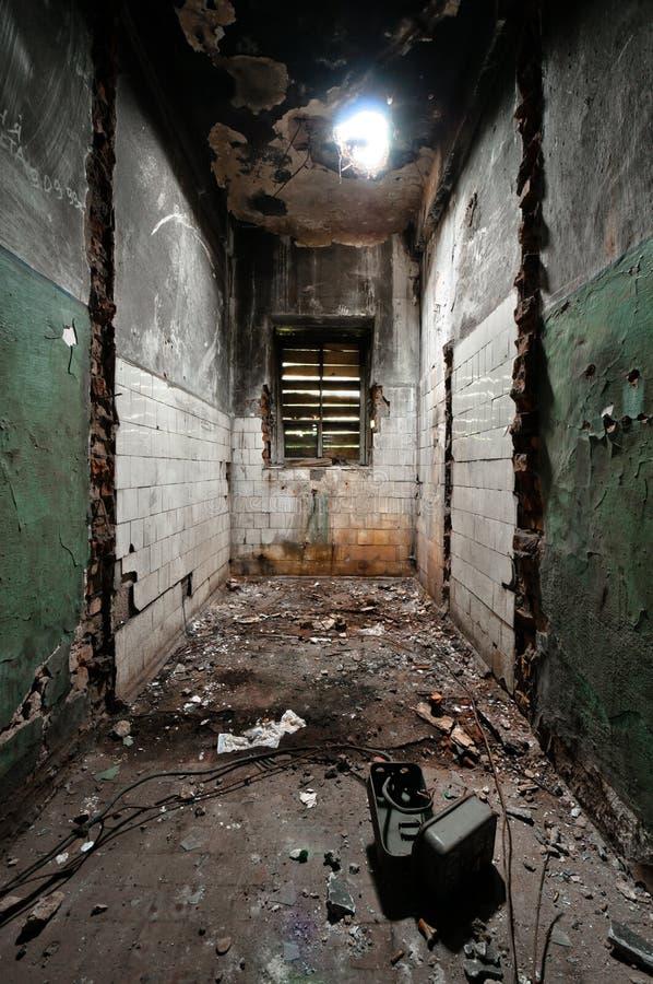 Scary και κενό δωμάτιο στοκ εικόνες