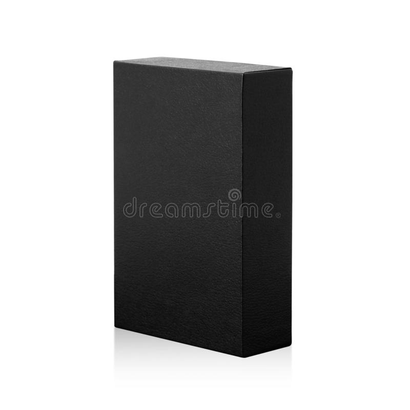 Scatola nera isolata su fondo bianco Pacchetto scuro del prodotto per la vostra progettazione Oggetto dei percorsi di ritaglio Fo immagine stock