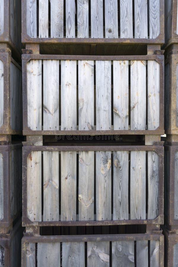 Scatole di legno impilate immagini stock libere da diritti