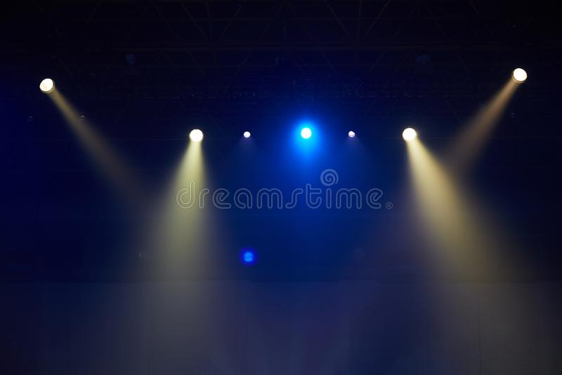 Scen światło reflektorów, żarówki, światło obrazy stock