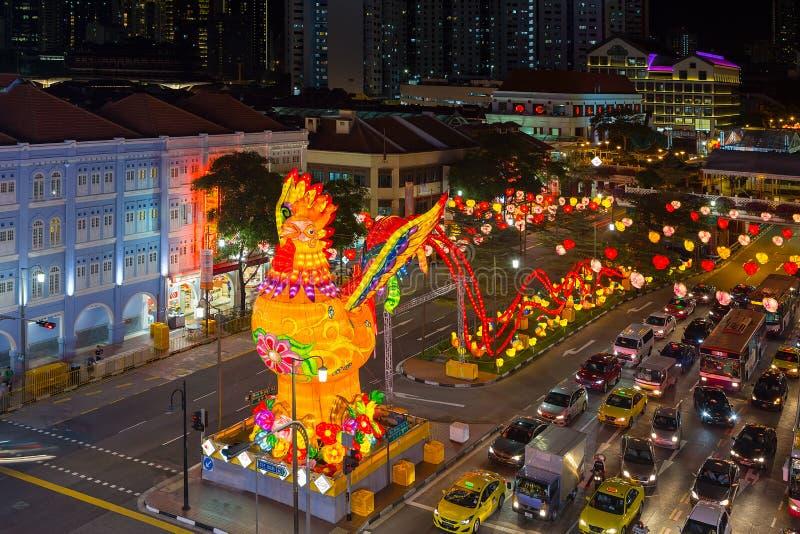 Scena cinese 2017 di notte del nuovo anno di Singapore Chinatown fotografia stock libera da diritti