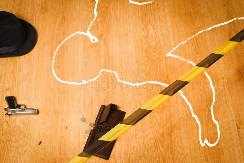 Scena del crimine con la siluetta della vittima fotografia stock