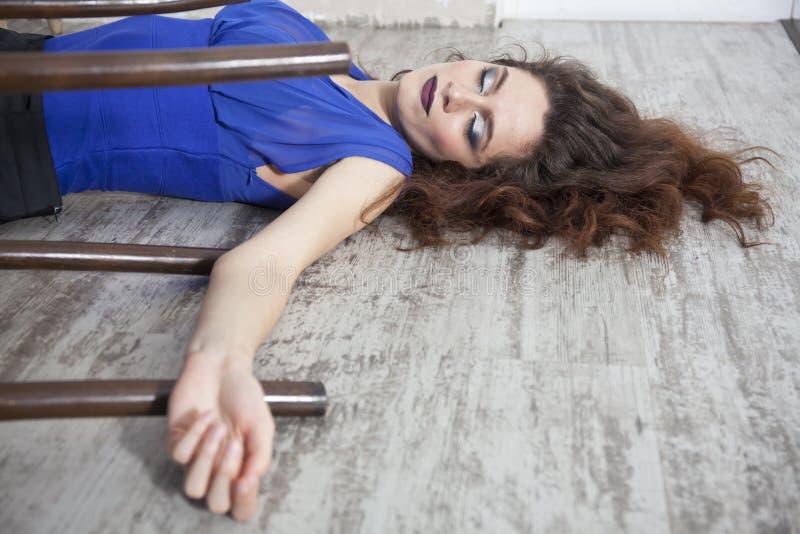 Scena del crimine - vittima femminile fotografia stock libera da diritti