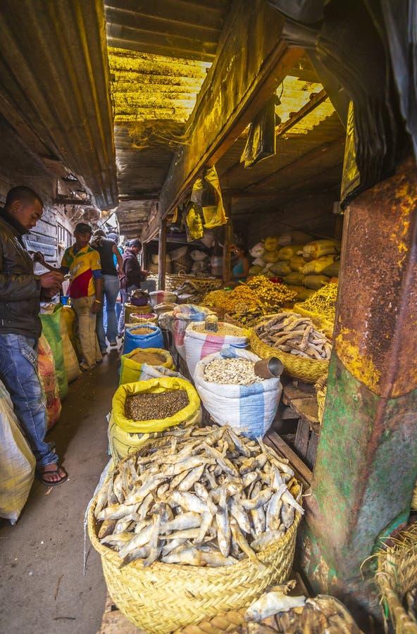 Scena del mercato nel Madagascar immagini stock libere da diritti