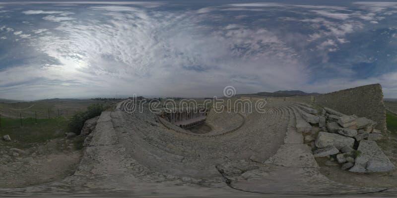 Scena dell'anfiteatro di 360 VR in Hierapolis, città antica turca fotografia stock