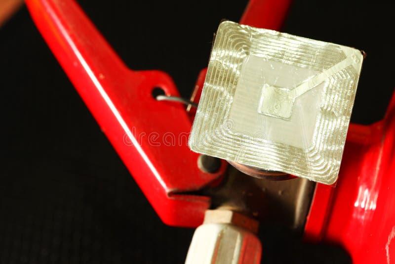 Scena dell'etichetta dell'estintore e del rfid fotografie stock libere da diritti