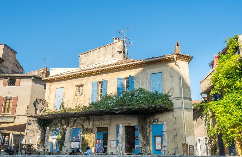 Scena della città in Arles immagine stock