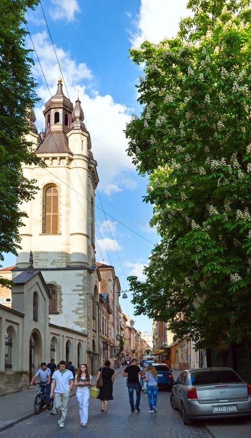 Scena della città di Lviv (Ucraina). 10 MAGGIO 2012 immagine stock libera da diritti