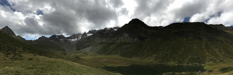 Scena della montagna in dtirol del ¼ di SÃ in Italia fotografia stock