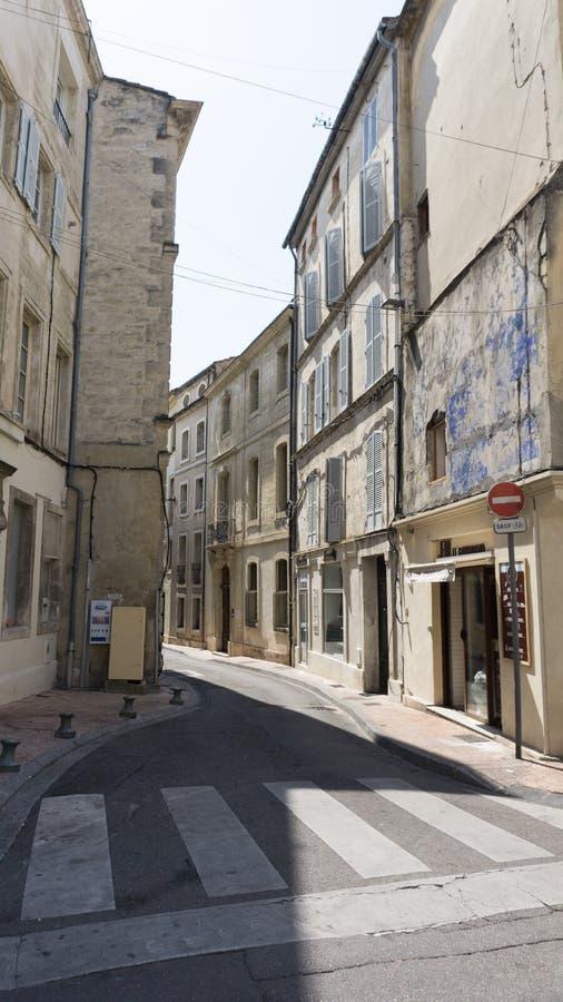 Scena della via a Avignone Francia immagine stock