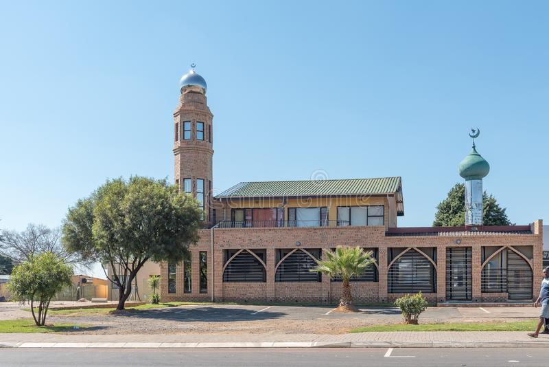 Scena della via, con una moschea, in Hendrina fotografia stock libera da diritti