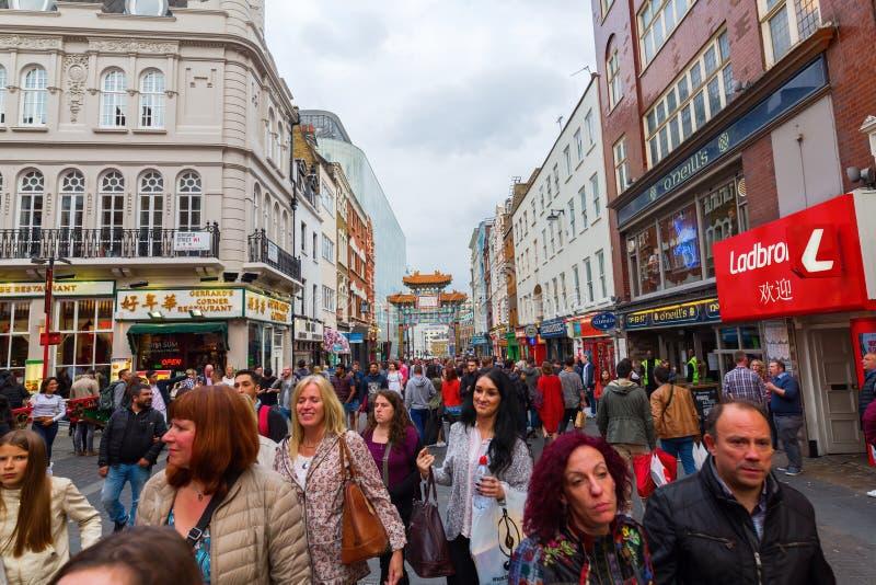 Scena della via di Chinatown, Londra, Regno Unito fotografie stock