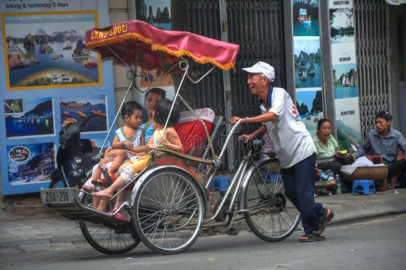 Scena della via di Hanoi fotografia stock libera da diritti