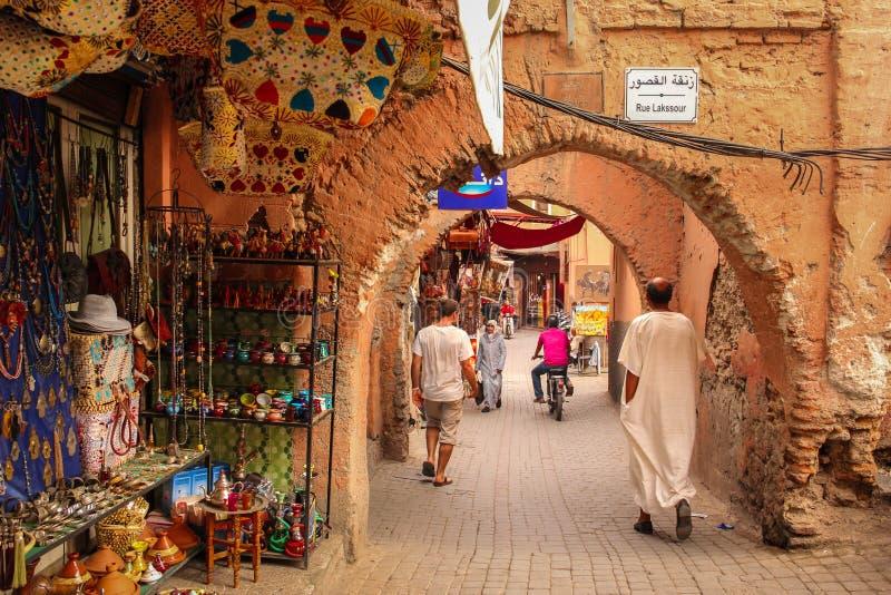 Scena della via marrakesh morocco fotografia stock