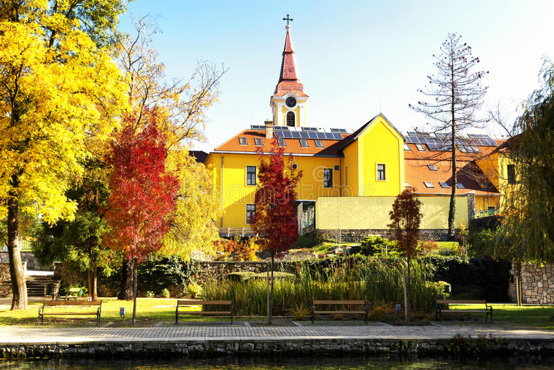 Scena di autunno in Tapolca immagini stock libere da diritti