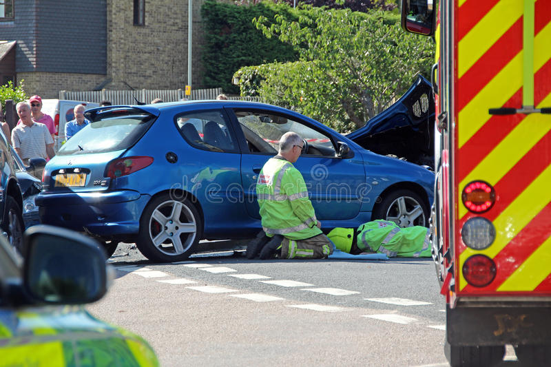 Scena di incidente stradale di emergenza fotografie stock