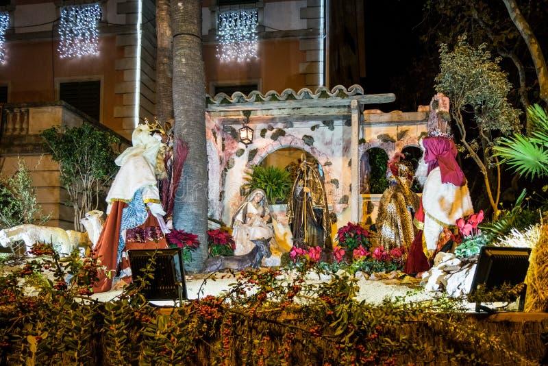 Scena di natività alla notte in Castelldefels, Catalogna, Spagna fotografia stock