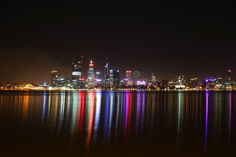Scena di notte della città di Perth immagine stock