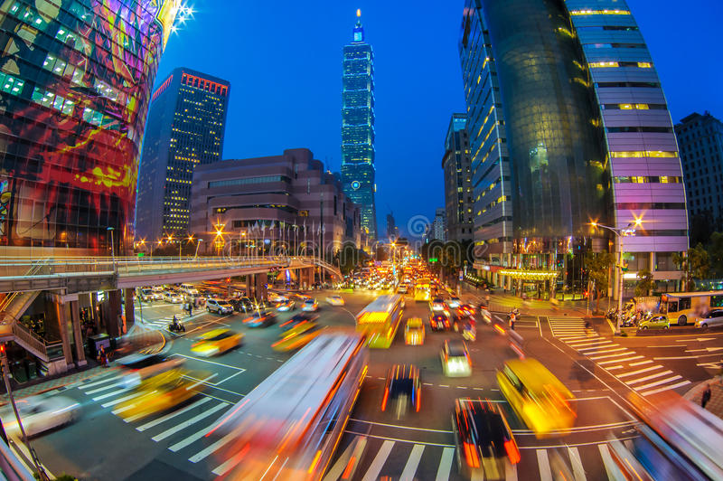 Scena di notte della città di Taipei immagine stock libera da diritti
