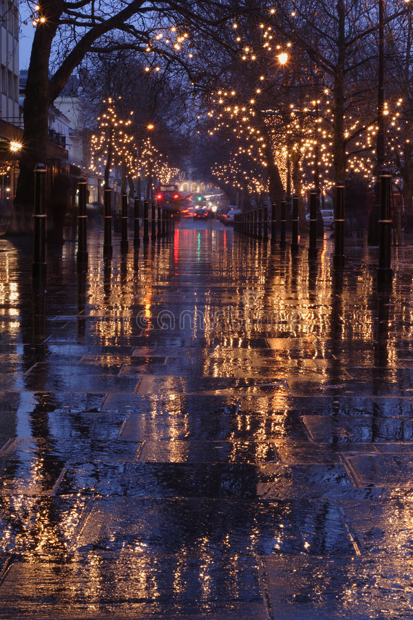 Scena di notte della promenade di Cheltenham fotografia stock libera da diritti