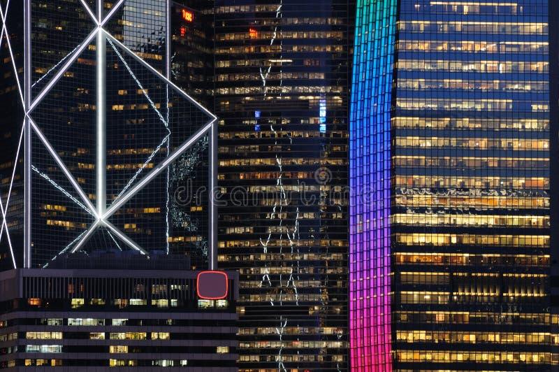 Scena di notte delle costruzioni di affari immagini stock