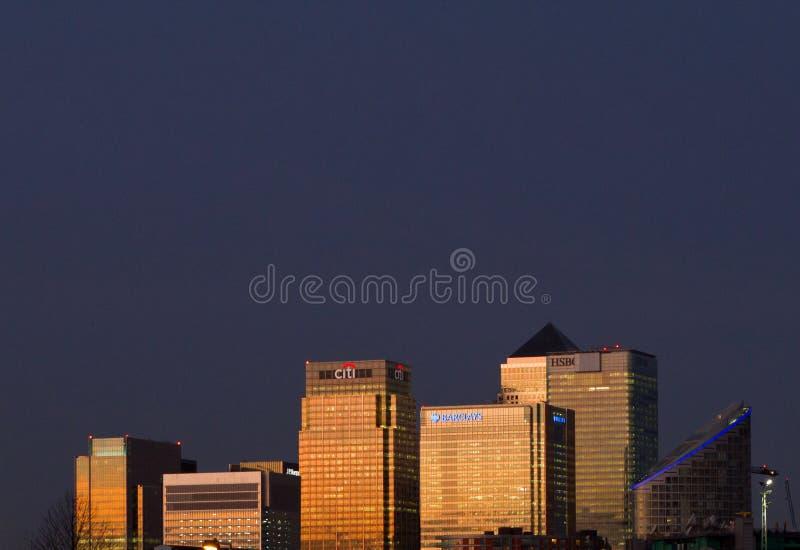 Scena di notte di Canary Wharf fotografie stock