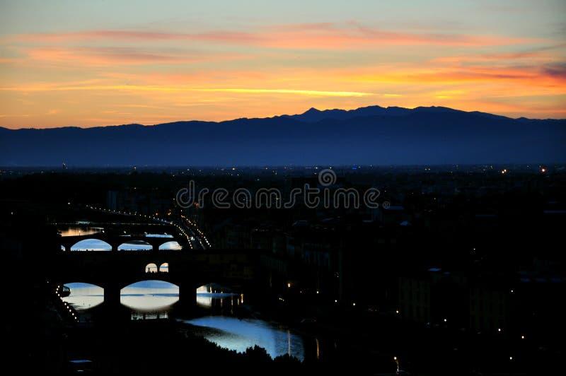 Scena di notte nella città di Firenze, Italia fotografia stock libera da diritti