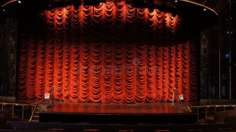 Scena i zasłona dla Wideo produkci zieleni parawanowego tła zdjęcie stock