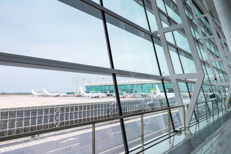 Scena moderna dell'aeroporto immagine stock libera da diritti