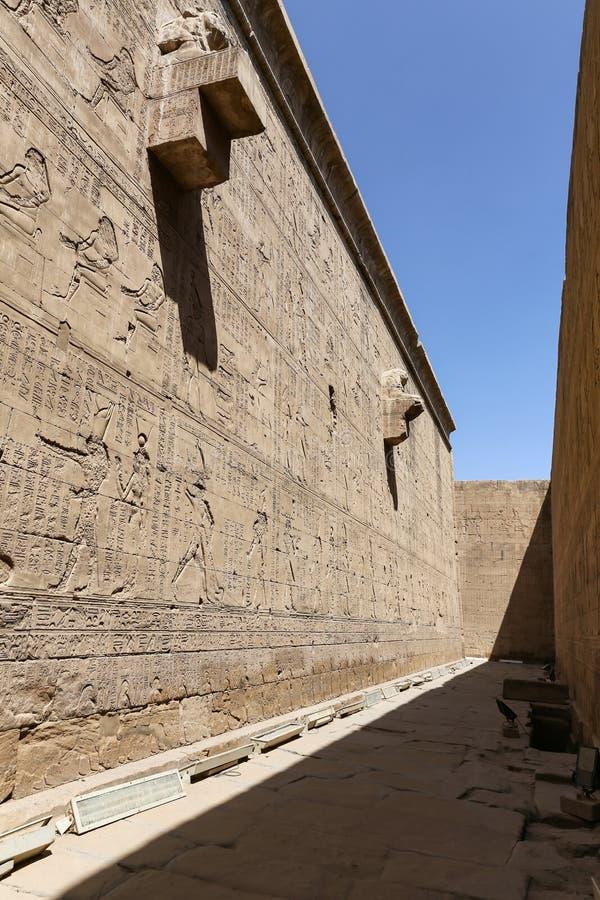 Scena od Edfu świątyni w Edfu, Egipt obraz stock