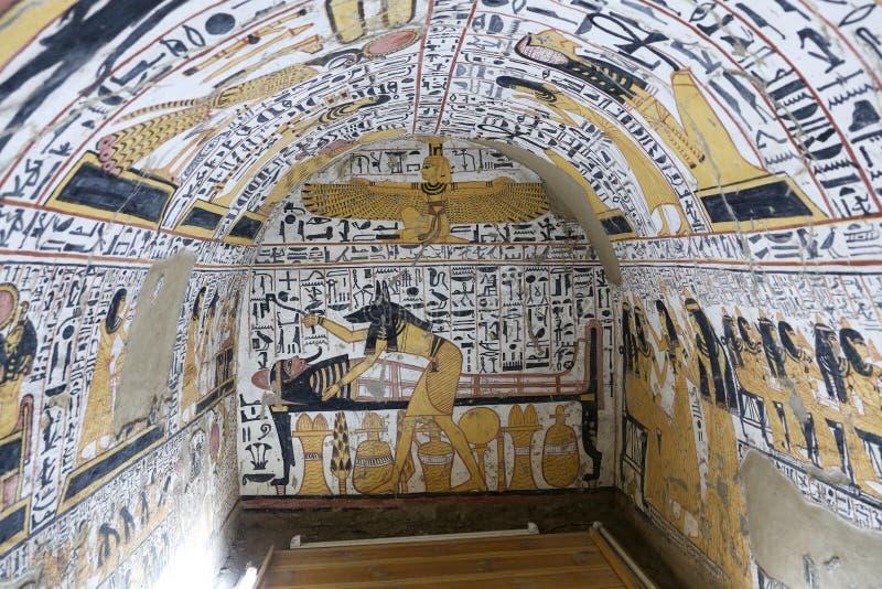 Scena od grobowa w Deir Medina wiosce, Luxor, Egipt zdjęcie stock