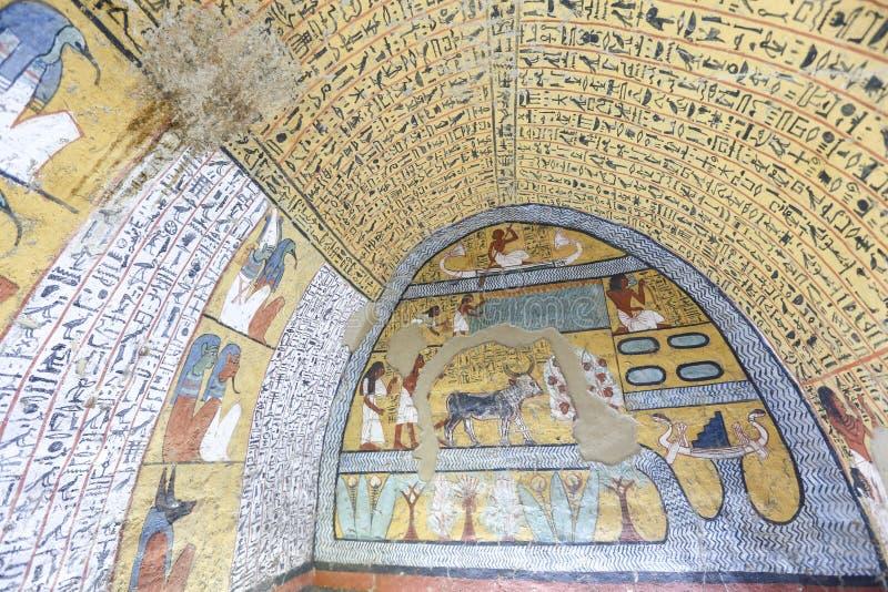 Scena od grobowa w Deir Medina wiosce, Luxor, Egipt obraz stock