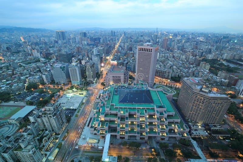 Scena panoramica di notte di Taipei del centro fotografie stock libere da diritti