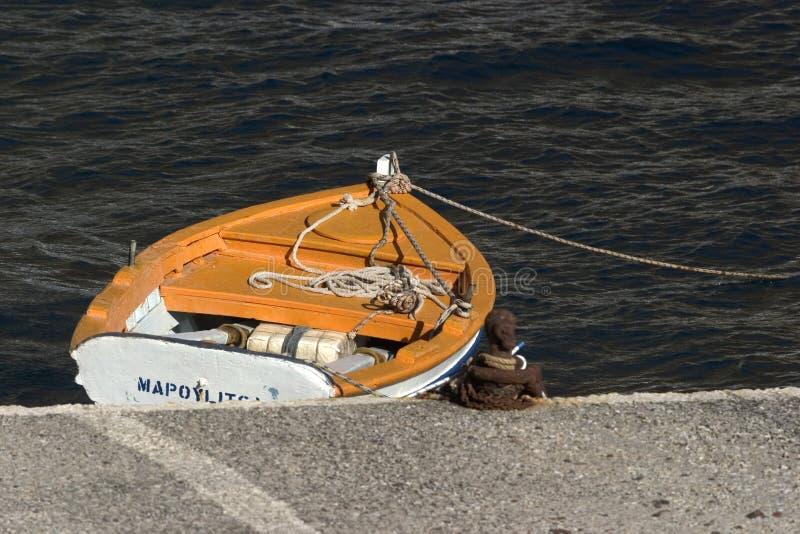 Scena tipica dall'isola greca di Santorini fotografia stock libera da diritti