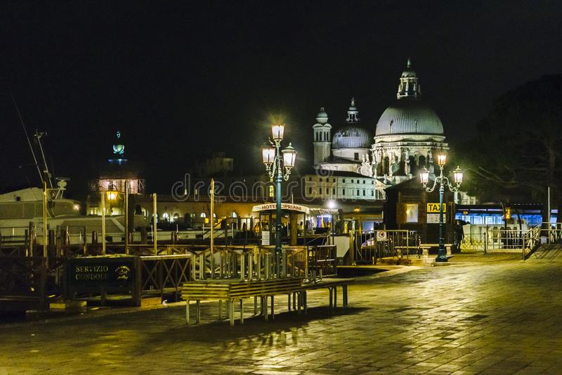 Scena urbana di notte, Venezia, Italia fotografie stock libere da diritti