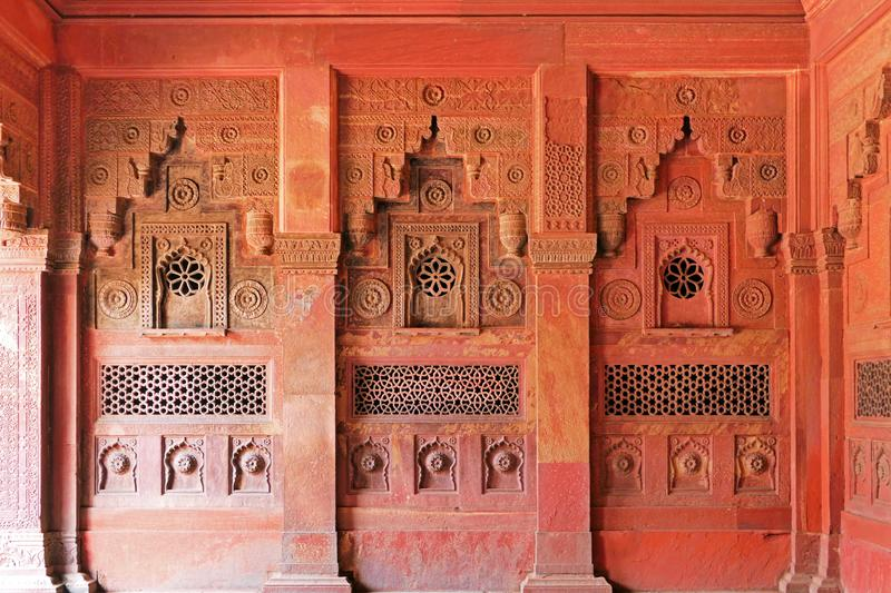 Scene Architecture Details and Wall Decoration within Agra Fort in Agra, regio Uttar Pradesh in India stock afbeelding