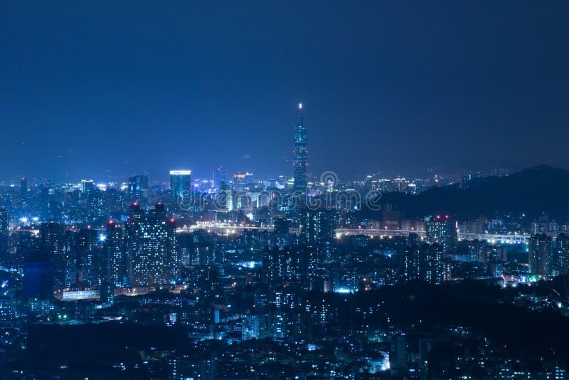 Scene di notte della città di Taipeh fotografie stock libere da diritti