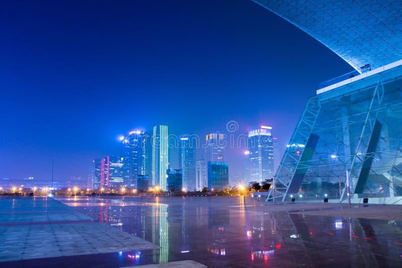 Scene di notte della città moderna cinese fotografia stock