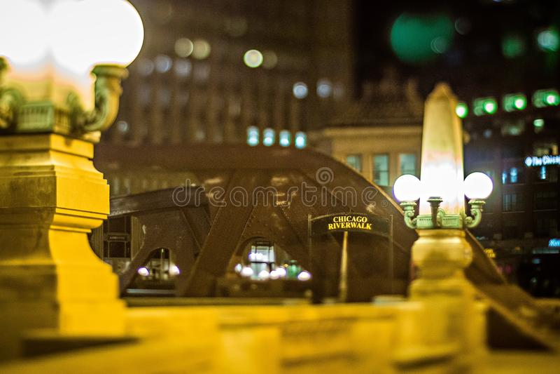 Scene intorno alla città di Chicago Illinois alla notte fotografia stock