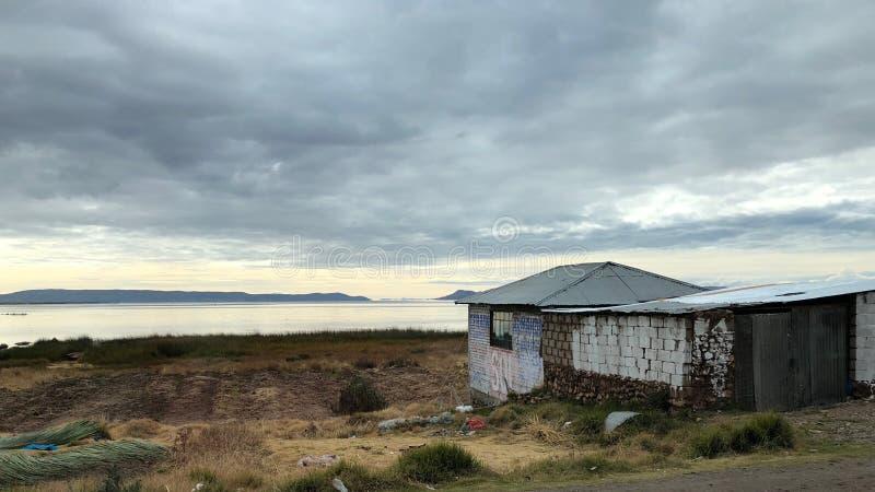 Sceneria wokoło Jeziornego Titicaca przy Puno, Peru fotografia royalty free