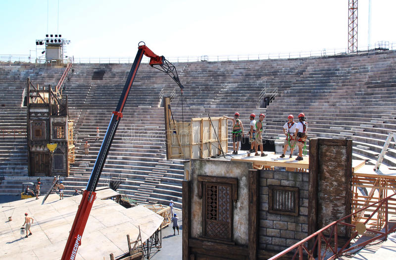 Download Scenery Construction In The Verona Arena, Italy Editorial Stock Image - Image: 13655974